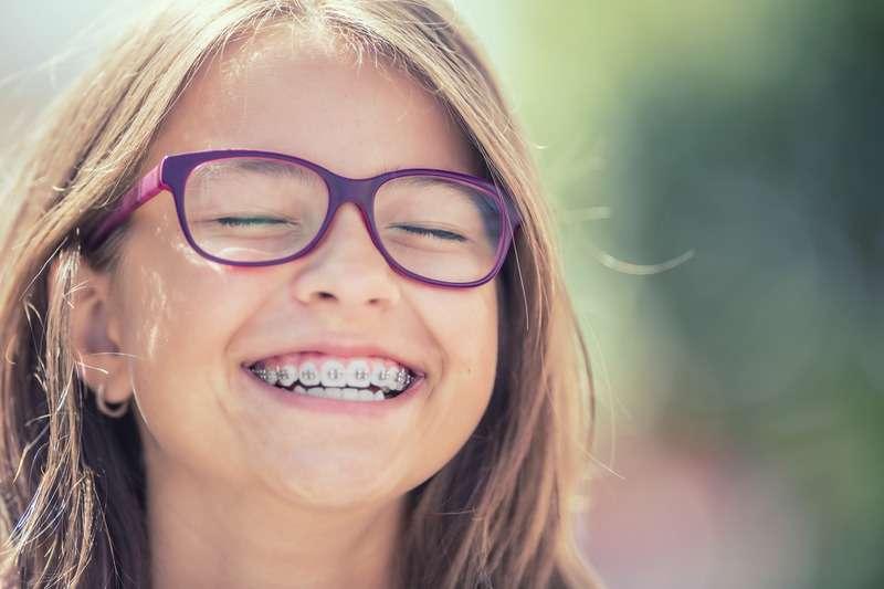 screen 13 - Ortodontik Tedavi ile Düzgün Ve Sağlıklı Dişler